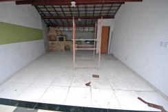 bela-casa-duplex-a-venda-em-pitangueiras-12