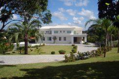 luxuosa-mansao-neoclassico-a-venda-no-encontro-das-aguas-1