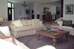 luxuosa-mansao-neoclassico-a-venda-no-encontro-das-aguas-15