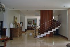 luxuosa-mansao-neoclassico-a-venda-no-encontro-das-aguas-22