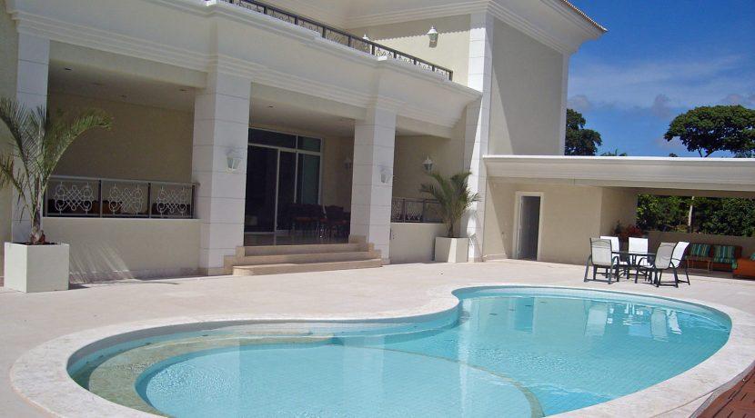 luxuosa-mansao-neoclassico-a-venda-no-encontro-das-aguas-23