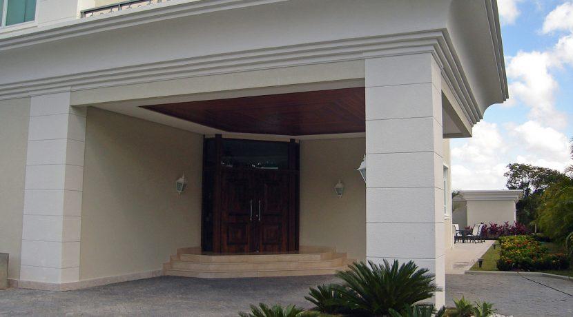 luxuosa-mansao-neoclassico-a-venda-no-encontro-das-aguas-24