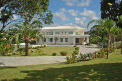 luxuosa-mansao-neoclassico-a-venda-no-encontro-das-aguas-25