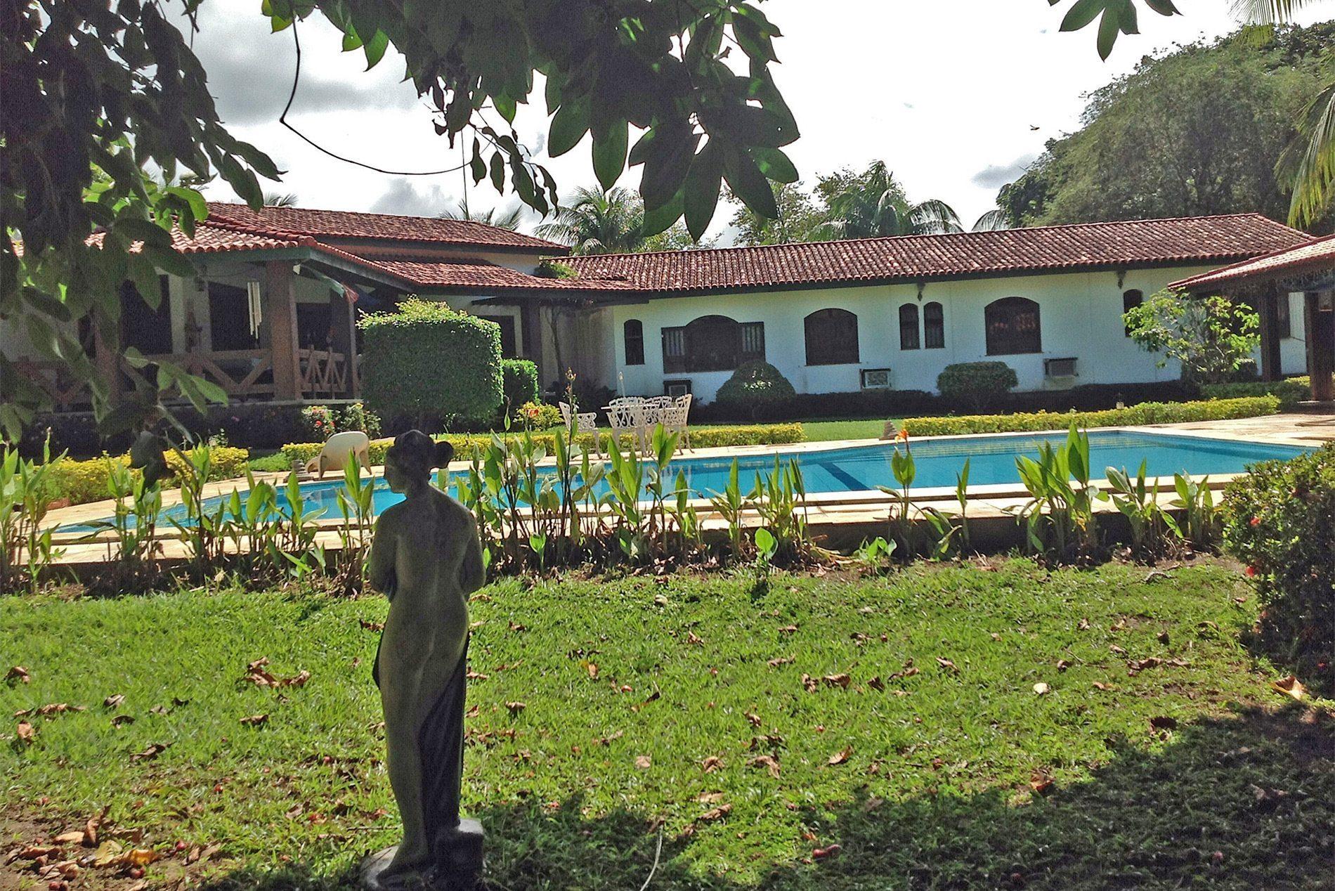 Wonderful home for sale in Encontro das Águas