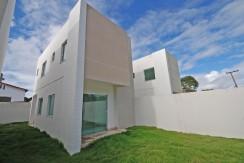 Casa com ótimo acabamento a venda em Abrantes (1)
