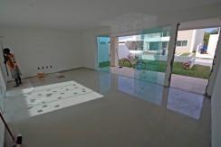 Casas de 4 suites à venda em Buraquinho-12