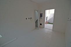Casas de 4 suites à venda em Buraquinho-13