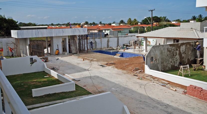 Casas de 4 suites à venda em Buraquinho-17