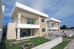 Casas de 4 suites à venda em Buraquinho-8