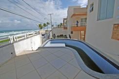 Casas na frente da praia à venda em Ipitanga