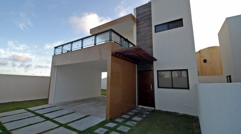 casa-a-venda-frente-praia-ipitanga-1