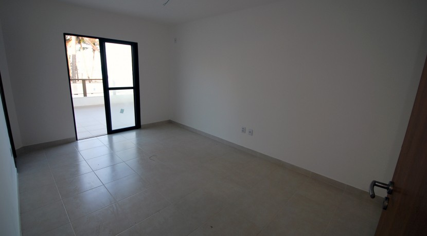 casa-a-venda-frente-praia-ipitanga-18