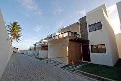casa-a-venda-frente-praia-ipitanga-2
