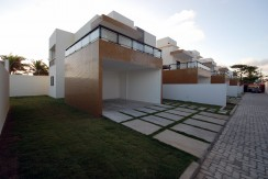 casa-a-venda-frente-praia-ipitanga-3