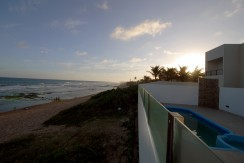 casa-a-venda-frente-praia-ipitanga-6