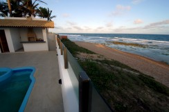 casa-a-venda-frente-praia-ipitanga-7