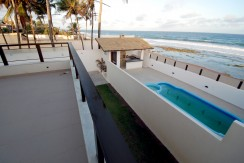 casa-a-venda-frente-praia-ipitanga-8