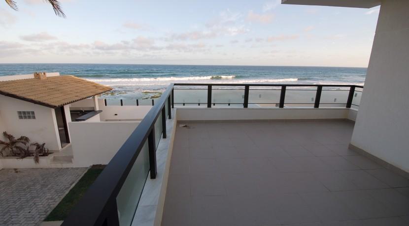 casa-a-venda-frente-praia-ipitanga-9