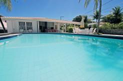 Glamurosa casa à venda no condomínio Interlagos