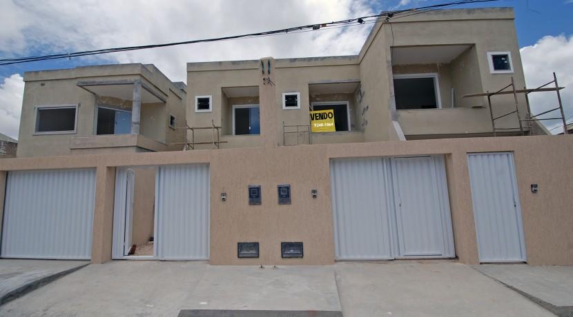 Casa individual a venda em Lauro de Freitas