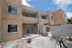 Casa solta a venda perto da praia Ipitanga