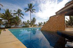 Fantástica casa beira mar Busca Vida Resort