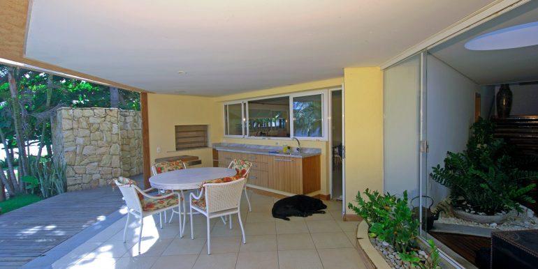 fantastica-casa-beira-mar-busca-vida-resort-11
