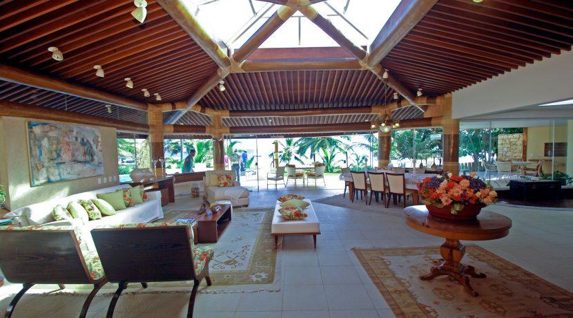 fantastica-casa-beira-mar-busca-vida-resort-14