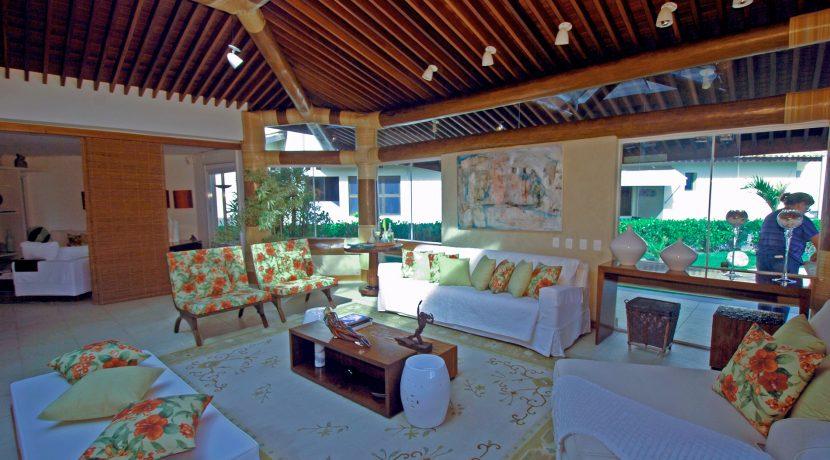 fantastica-casa-beira-mar-busca-vida-resort-15