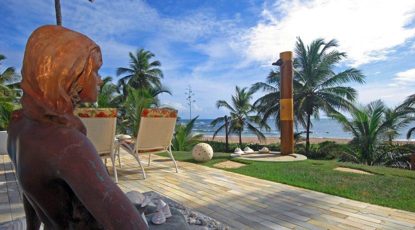 fantastica-casa-beira-mar-busca-vida-resort-3