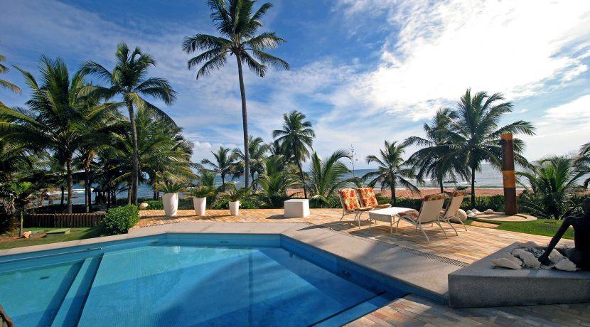 fantastica-casa-beira-mar-busca-vida-resort-4