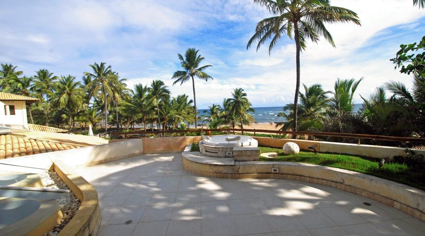 fantastica-casa-beira-mar-busca-vida-resort-6