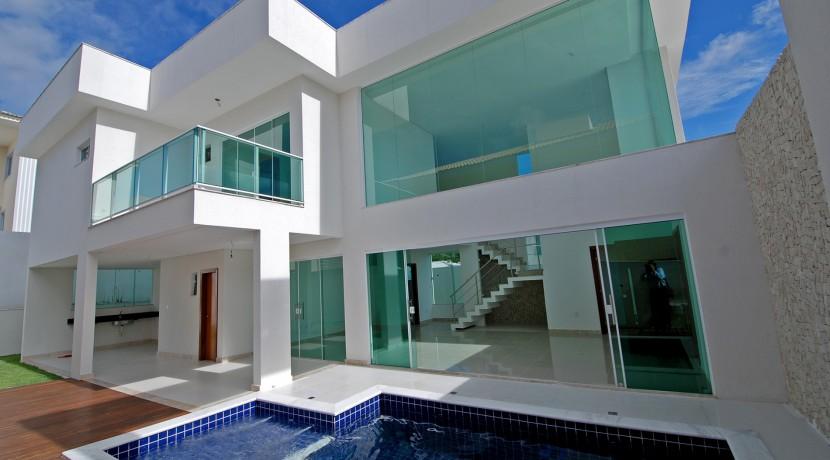 casa-elegante-a-venda-alphaville-litoral-norte-1