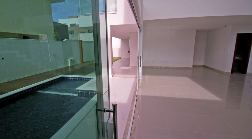 casa-elegante-a-venda-alphaville-litoral-norte-23
