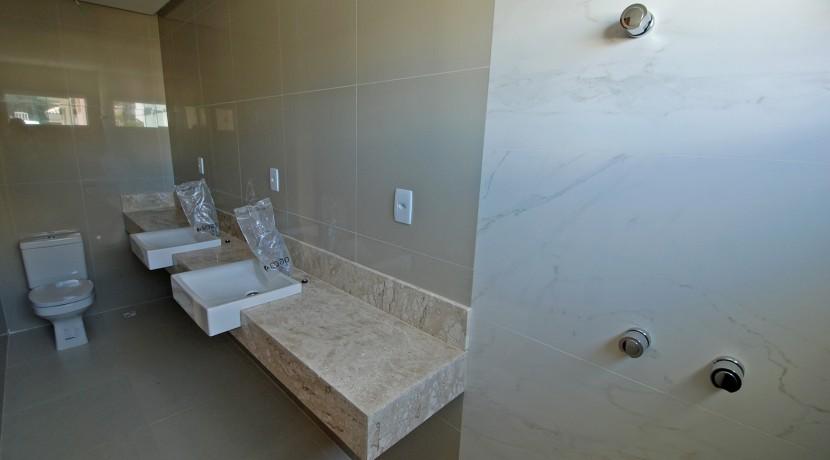 casa-elegante-a-venda-alphaville-litoral-norte-36