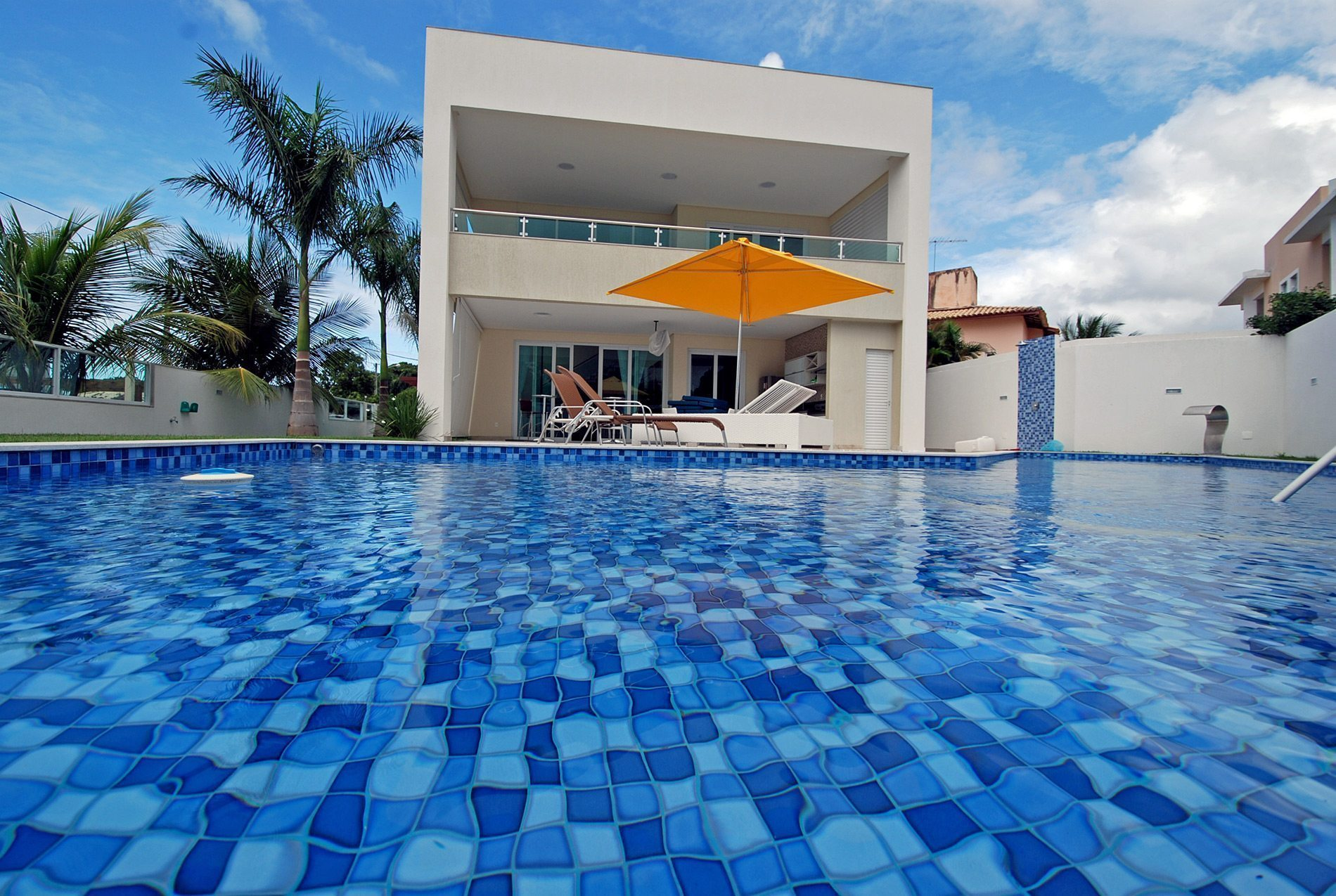 Luxury house for sale in Guarajuba