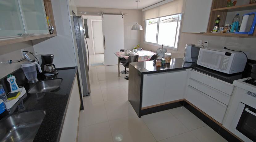 casa-luxuosa-a-venda-alphaville-litoral-norte-I-12
