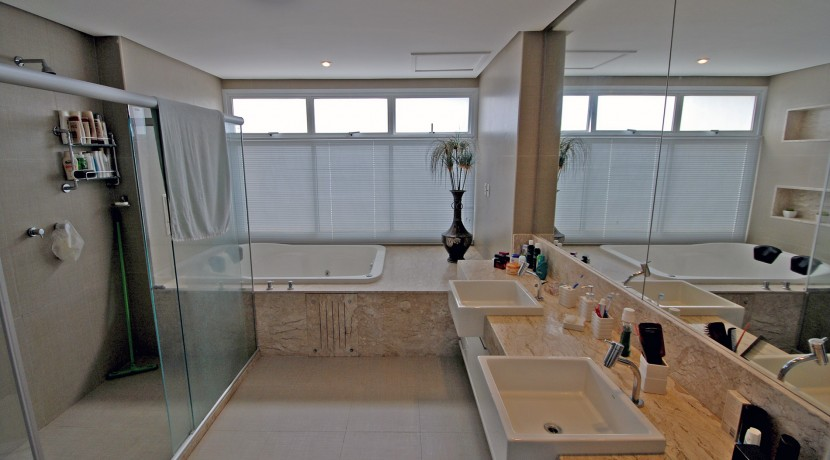 casa-luxuosa-a-venda-alphaville-litoral-norte-I-21