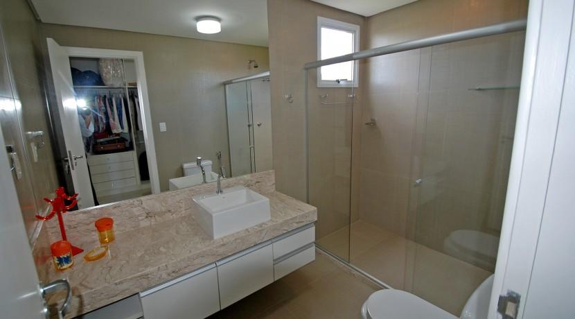 casa-luxuosa-a-venda-alphaville-litoral-norte-I-28