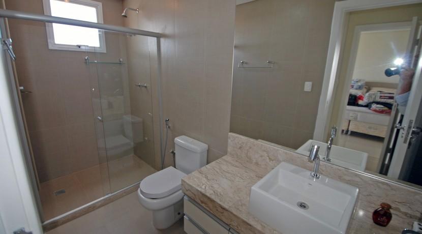 casa-luxuosa-a-venda-alphaville-litoral-norte-I-29