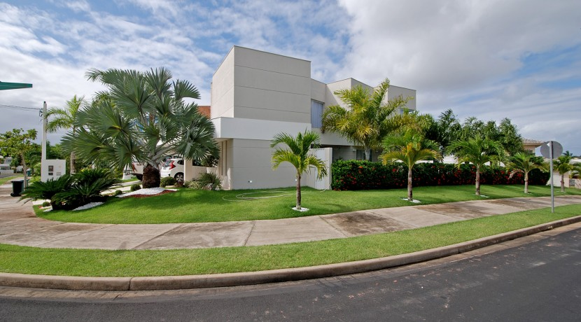 casa-luxuosa-a-venda-alphaville-litoral-norte-I-6