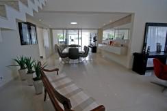 casa-luxuosa-a-venda-alphaville-litoral-norte-I-9