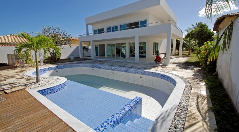 casa-a-venda-na-frente-da-praia-em-itacimirim-1