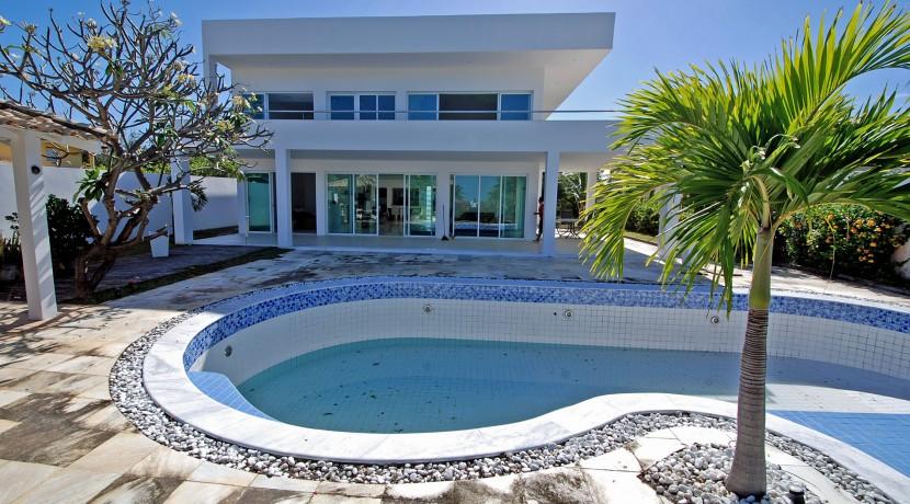 casa-a-venda-na-frente-da-praia-em-itacimirim-10