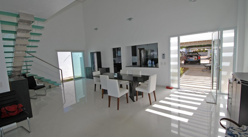 casa-a-venda-na-frente-da-praia-em-itacimirim-26