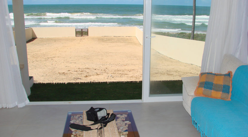 barra-do-jacuipe-casa-frente-mar-a-venda-30