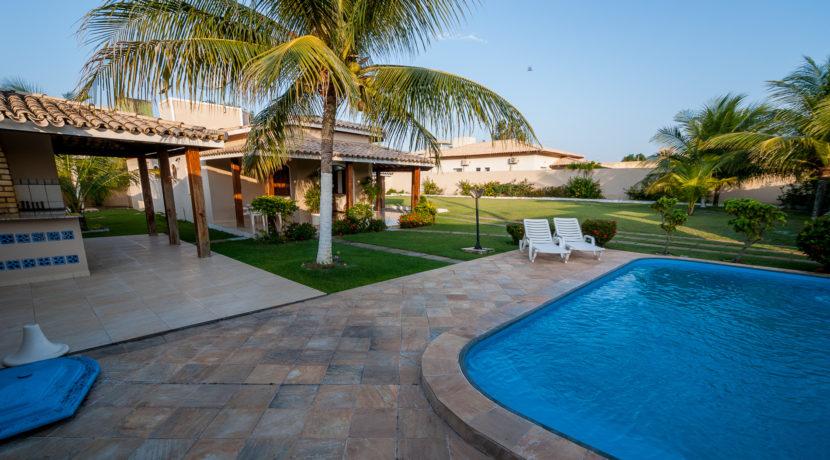 casa-com-piscina-barra-do-jacuipe-10