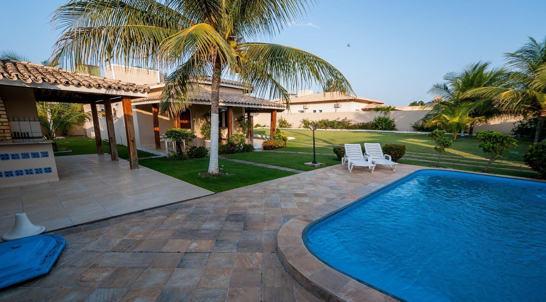 Casa com piscina barra do jacu pe hansen im veis for Casas con piscina bucaramanga
