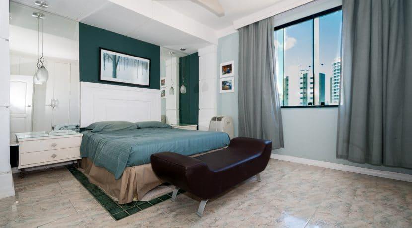 Apartamento vista mar a venda na Barra-10