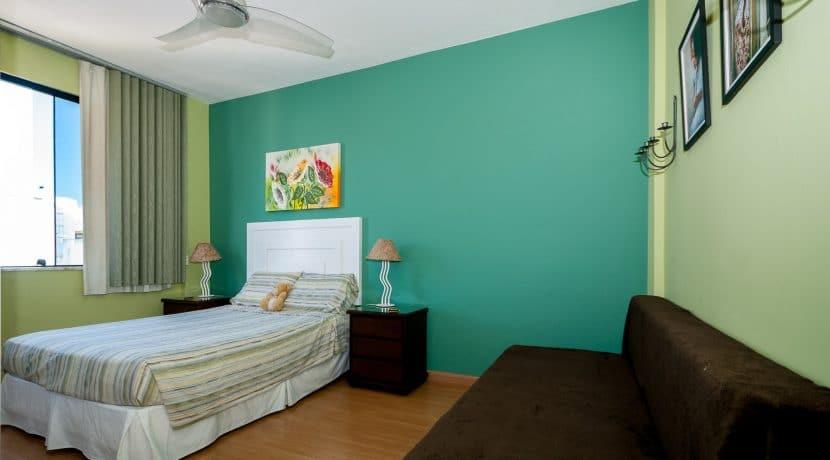 Apartamento vista mar a venda na Barra-11
